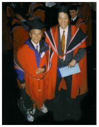 Samuel Kwok gets BA honours degree